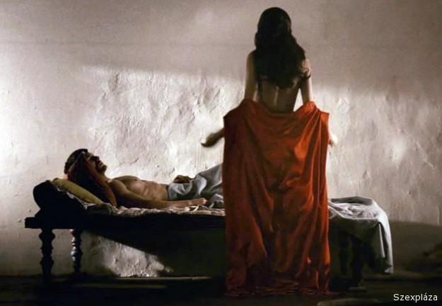 Istennel szexel a színésznő