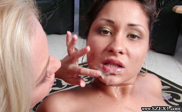 Pornófilm forgatáson folyik az ondó orrba szájba