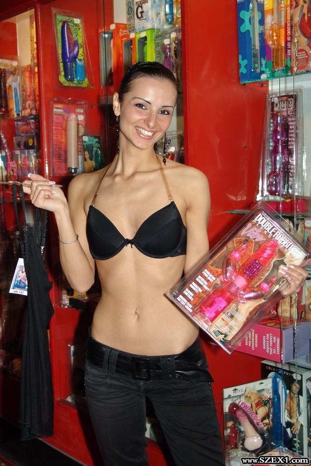 Németh Katalin szexshopban
